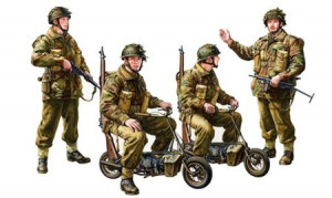 British Paratroopers w/ Motorcycle     1/35