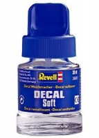 Zmäkčovač Revell Decal soft 30ml
