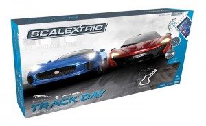 Autodráha Scalextric Track Day Wireless Control 1/32