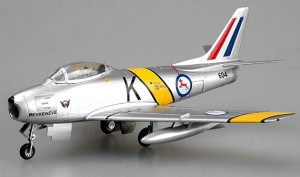 F-86 F-30 South African Air Force hotový model  1/72
