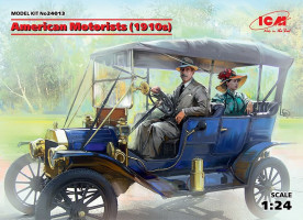 American Motorists 1910s (1 male, 1 female figures) 1/24 ICM