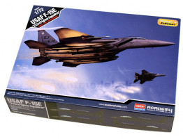 """F-15 E USAF """"333rd Fighter Sq."""" 1/72 Academy"""