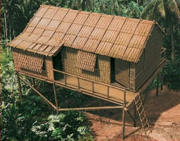 Bamboo House   1/32