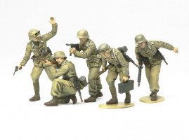 Africa Corps Infantery  1/35