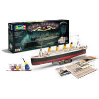 RMS Titanic 100 Years Gift-set   1/400